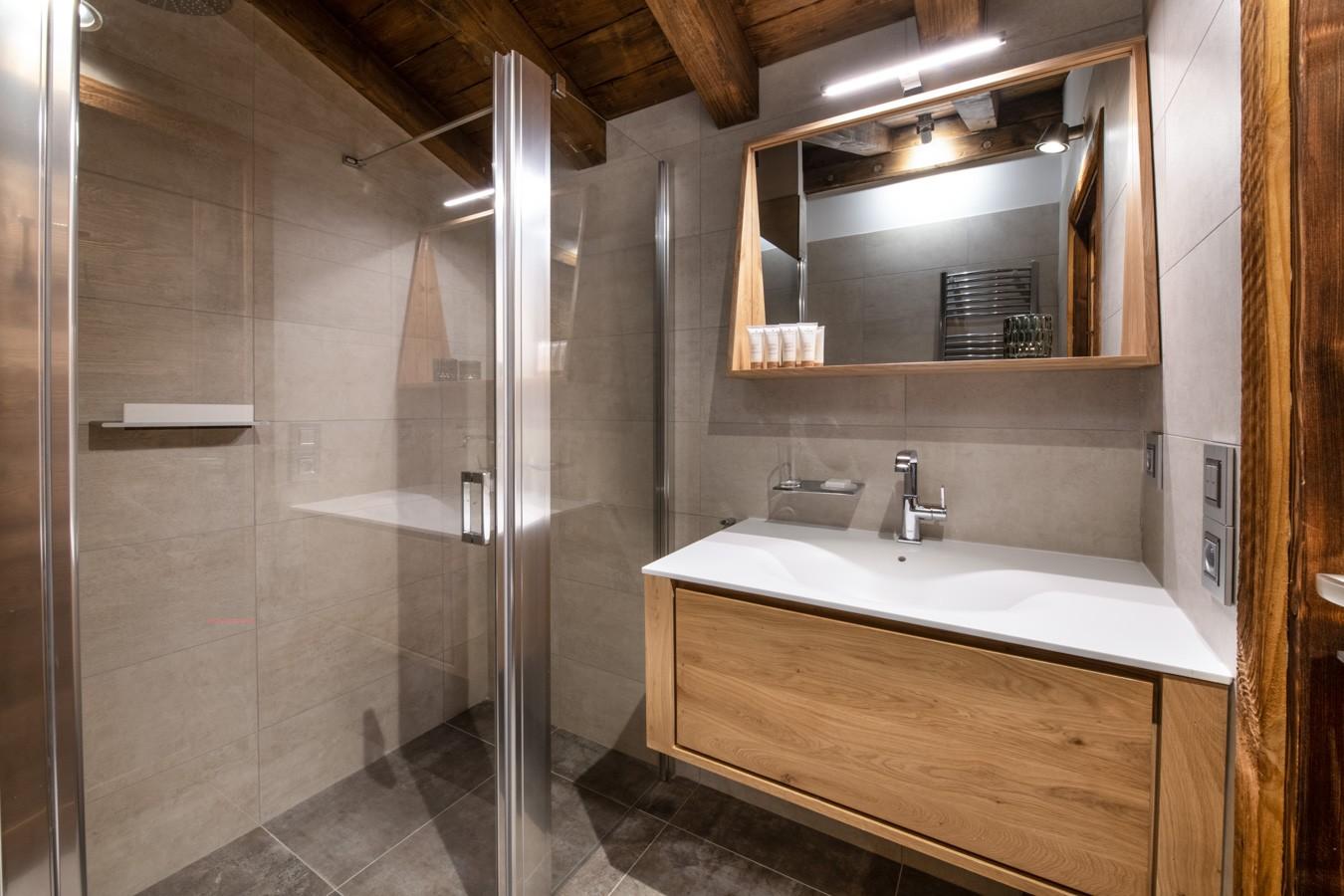 Les Gets Location Appartement Luxe Anrocha Salle De Bain 4