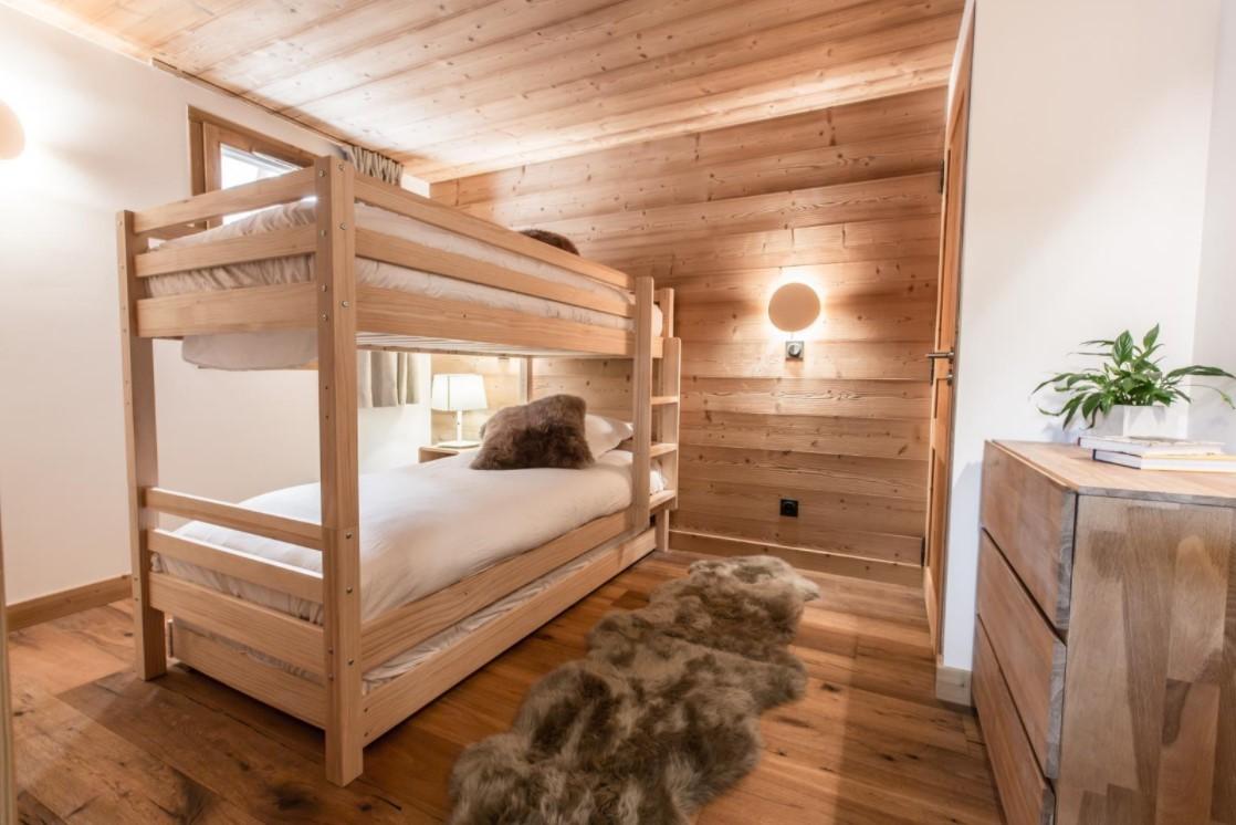 Les Gets Luxury Rental Chalet Ancalie Bedroom 2