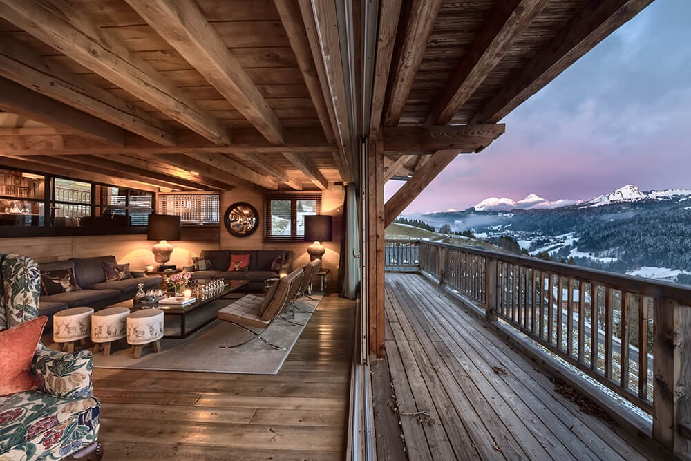 Les Gets Luxury Rental Chalet Gedrite Balcony 2