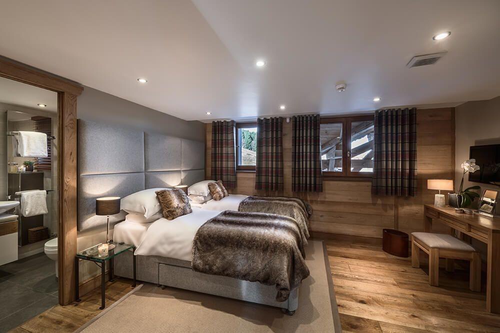 Les Gets Luxury Rental Chalet Gedrite Bedroom 1