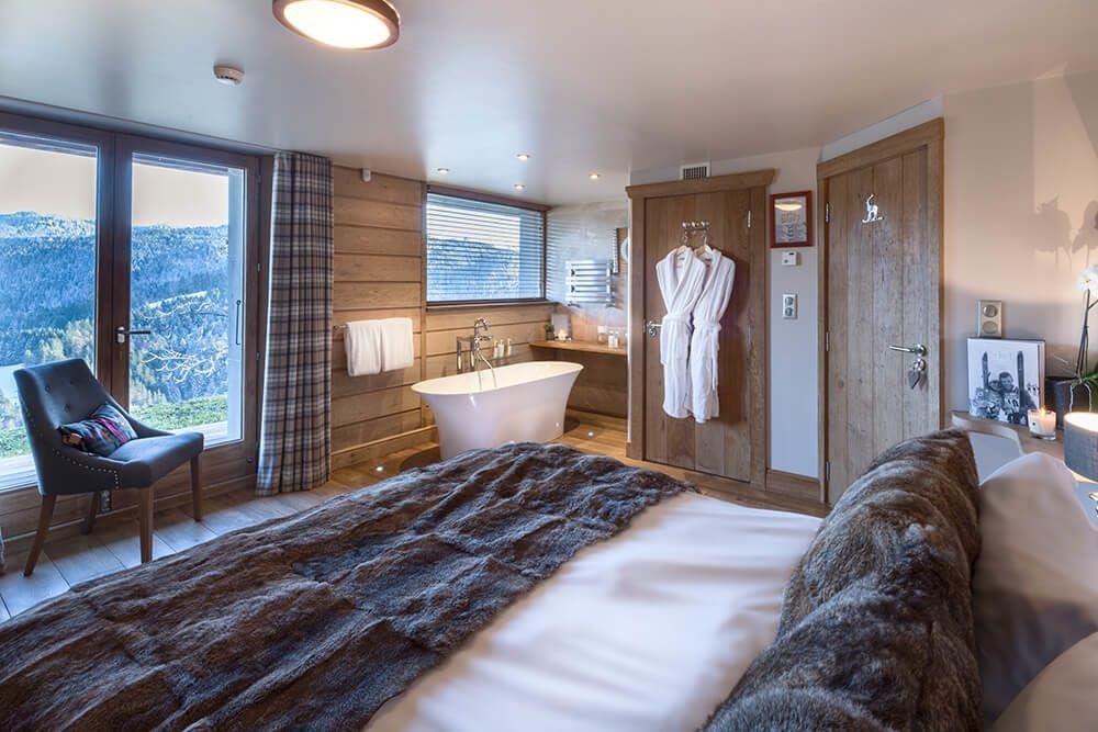Les Gets Luxury Rental Chalet Gedrite Bedroom 2