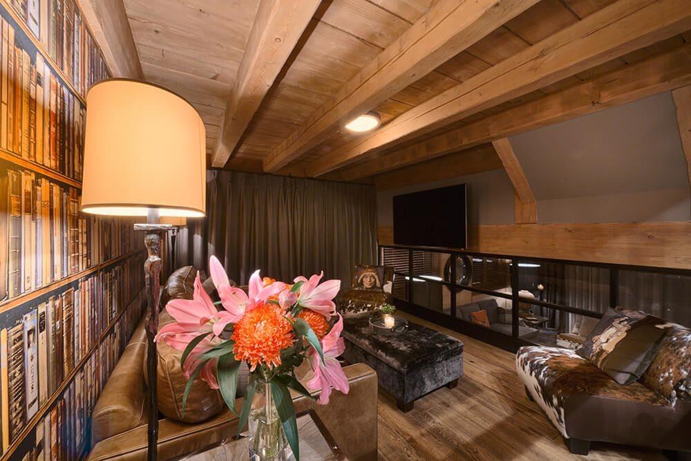 Les Gets Luxury Rental Chalet Gedrite Living Room 2