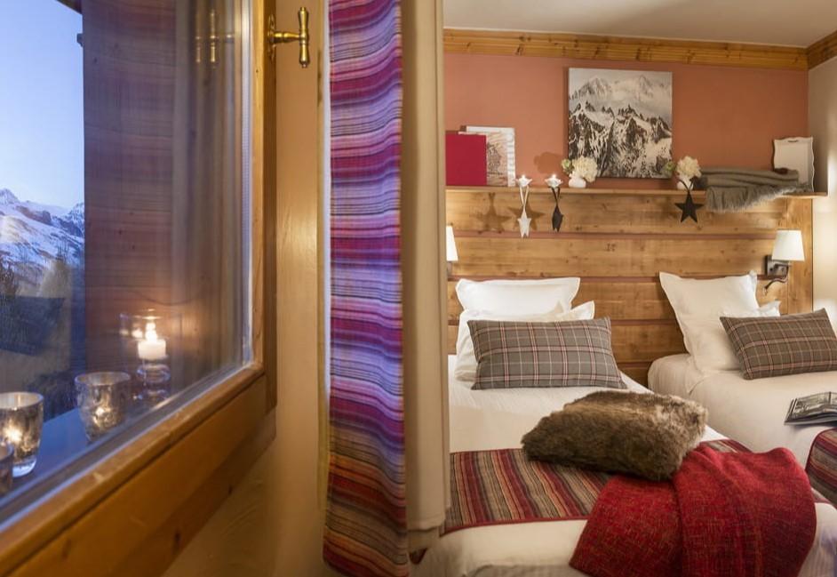 Les Menuires Luxury Rental Appartment Amino Bedroom