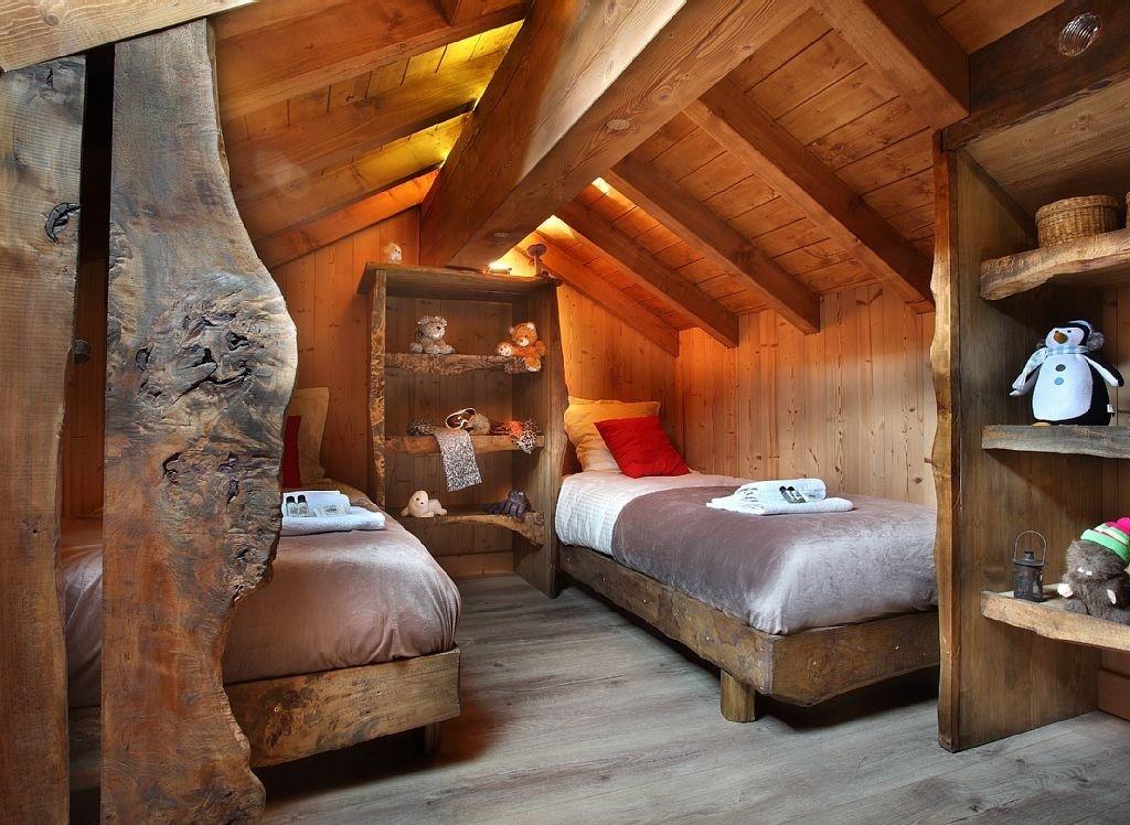 Les Menuires Luxury Rental Chalet Lanigrette Bedroom 3