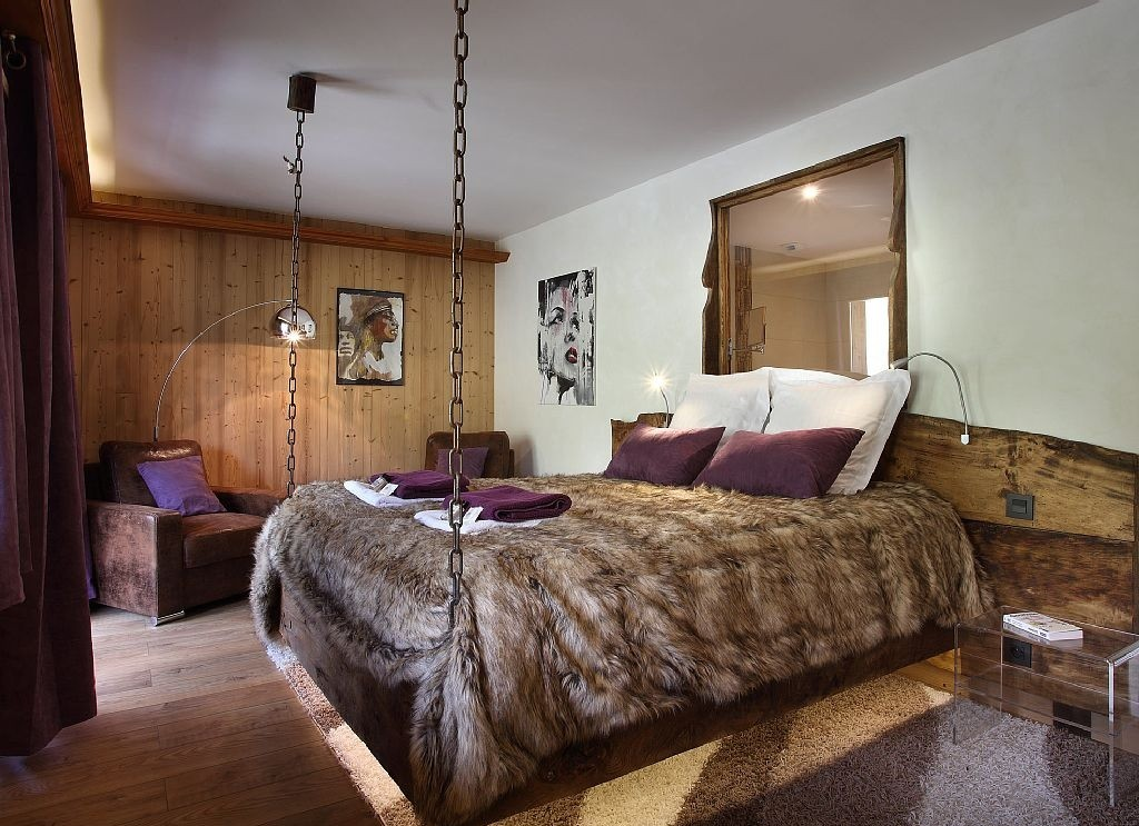 Les Menuires Luxury Rental Chalet Lanigrette Bedroom