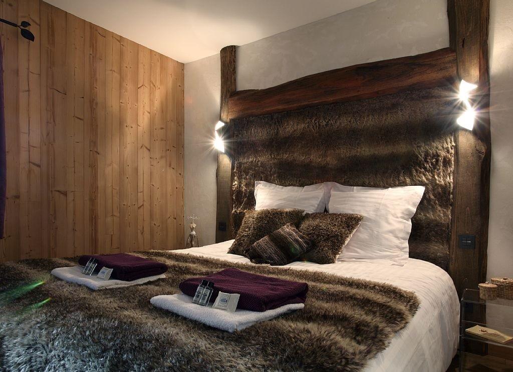 Les Menuires Luxury Rental Chalet Lanigrette Bedroom  7