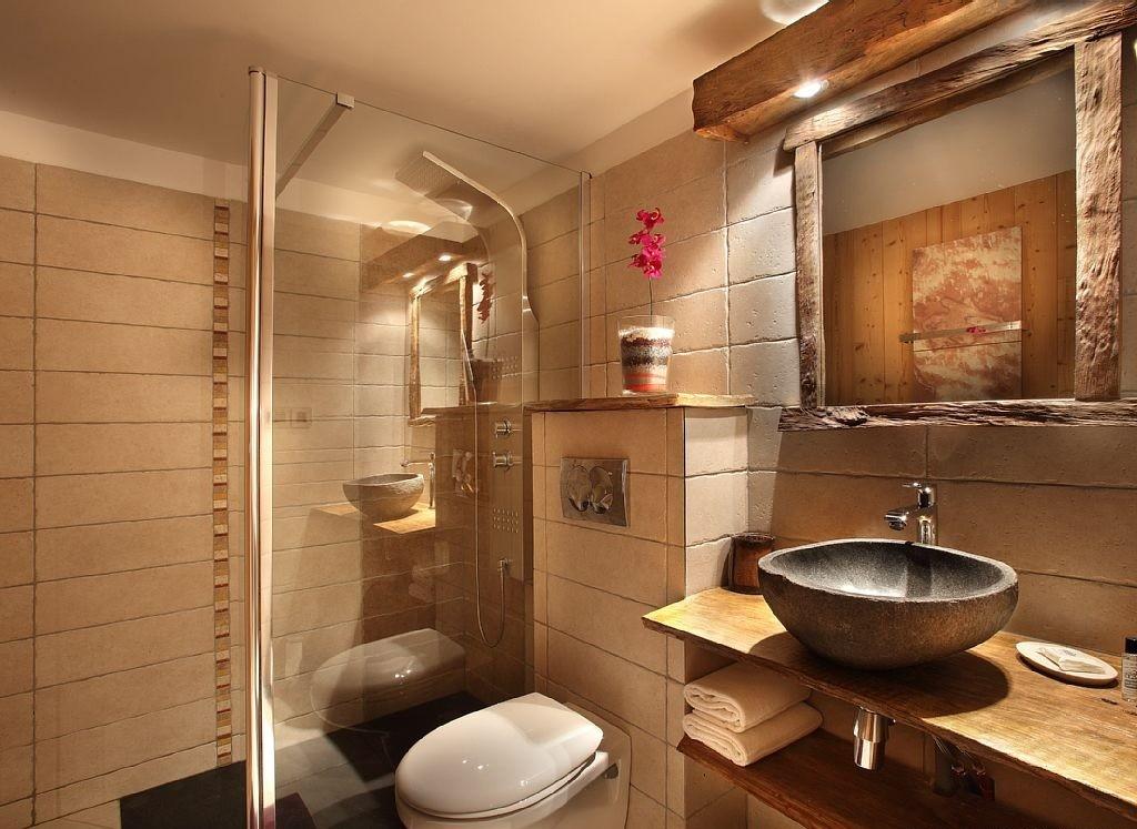 Les Menuires Luxury Rental Chalet Lanigrette Bathroom 3