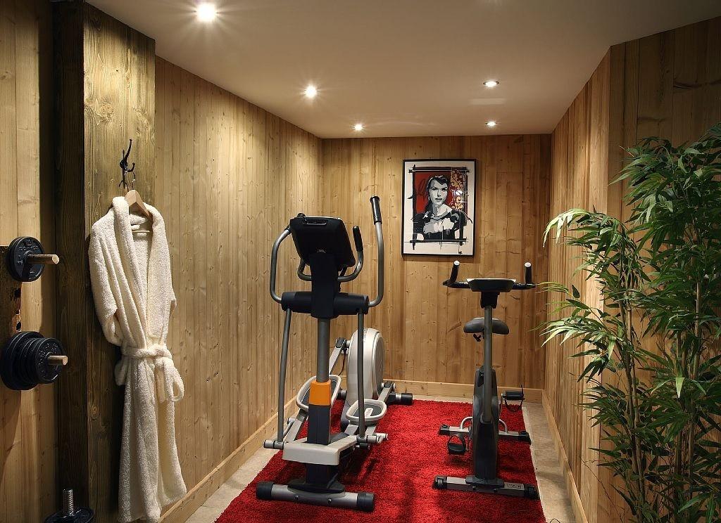Les Menuires Luxury Rental Chalet Lanigrette Fitness Room
