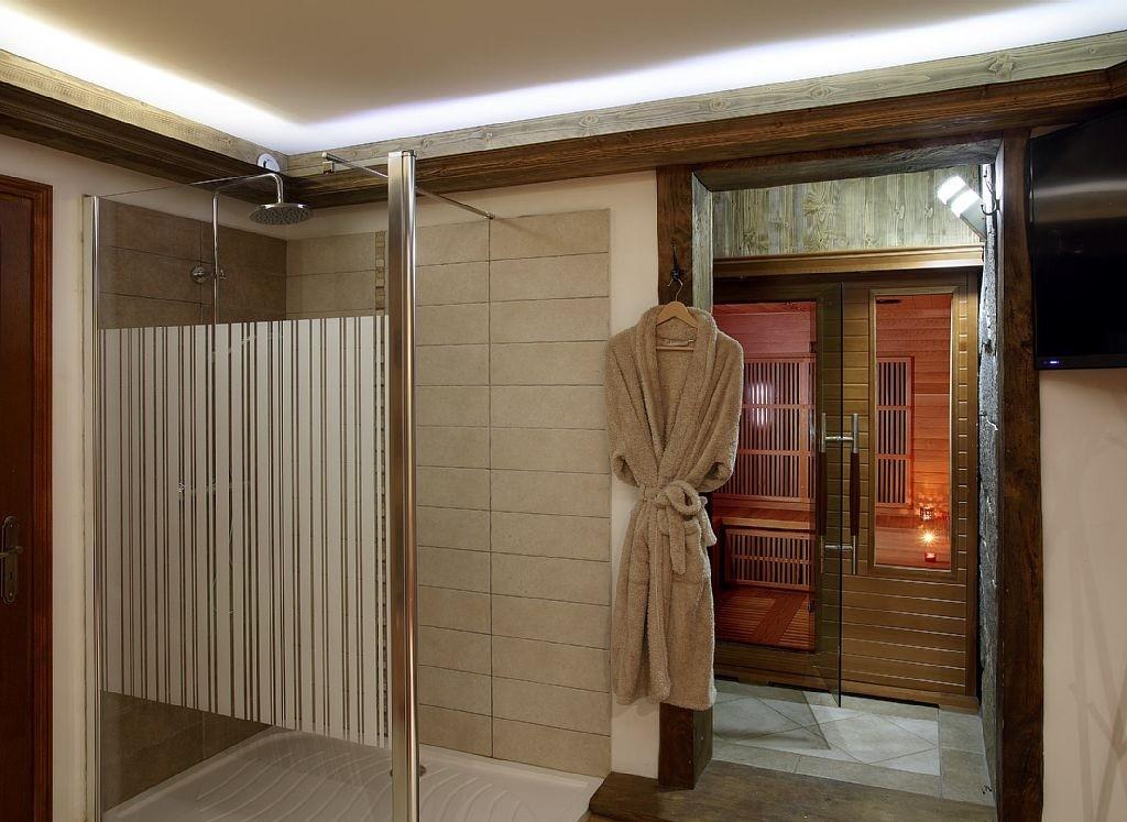 Les Menuires Luxury Rental Chalet Lanigrette Sauna