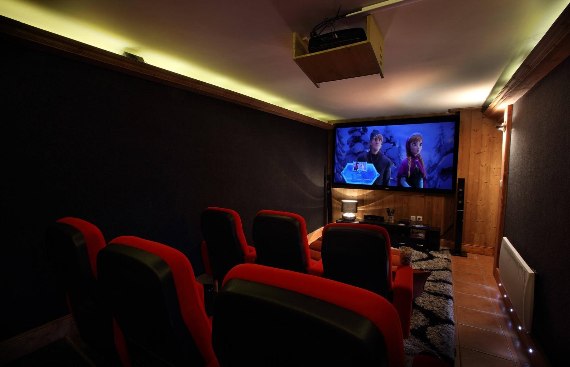 Les Menuires Location Chalet Luxe Lautite Salle De Cinéma