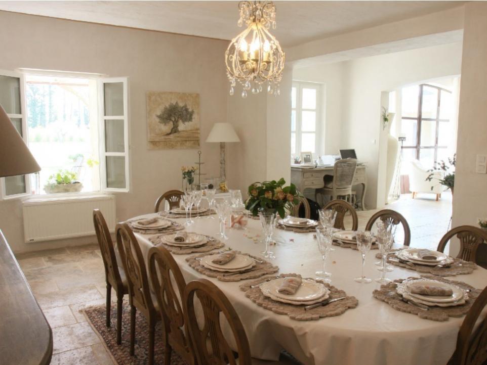 Luberon Luxury Rental Villa Limette Dining Room