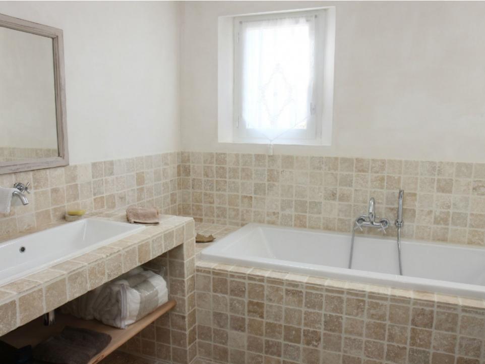 Luberon Luxury Rental Villa Limette Bathroom