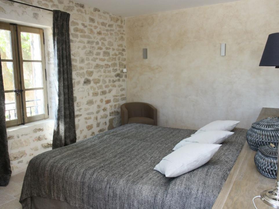 Luberon Luxury Rental Villa Lin Jaune Bedroom 3