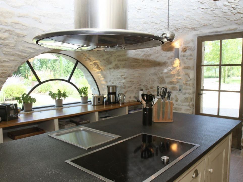 Luberon Luxury Rental Villa Lin Jaune Kitchen 2