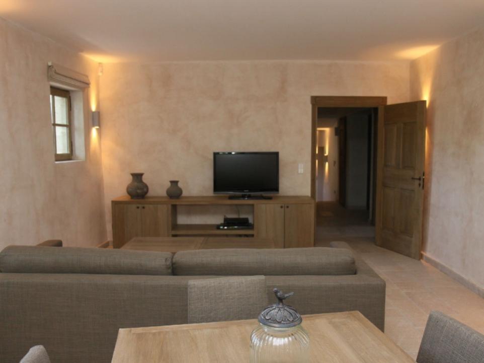 Luberon Luxury Rental Villa Lin Jaune Living Room 2