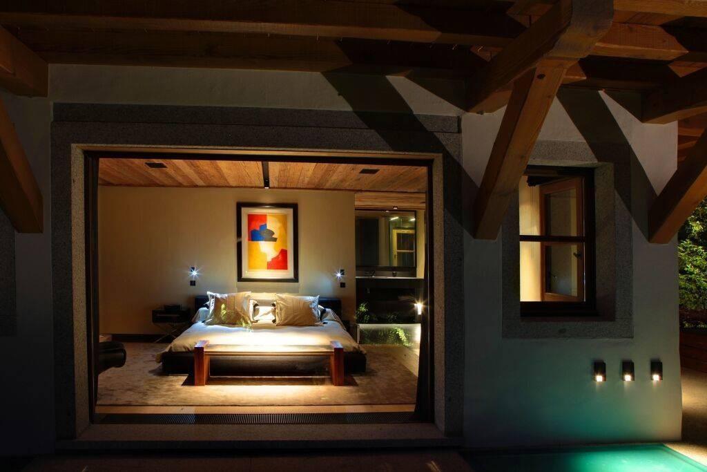 Megève Luxury Rental Chalet Cajuella Bedroom 2