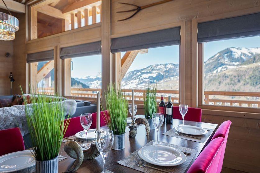 Megève Luxury Rental Chalet Sesane Dining Room 2