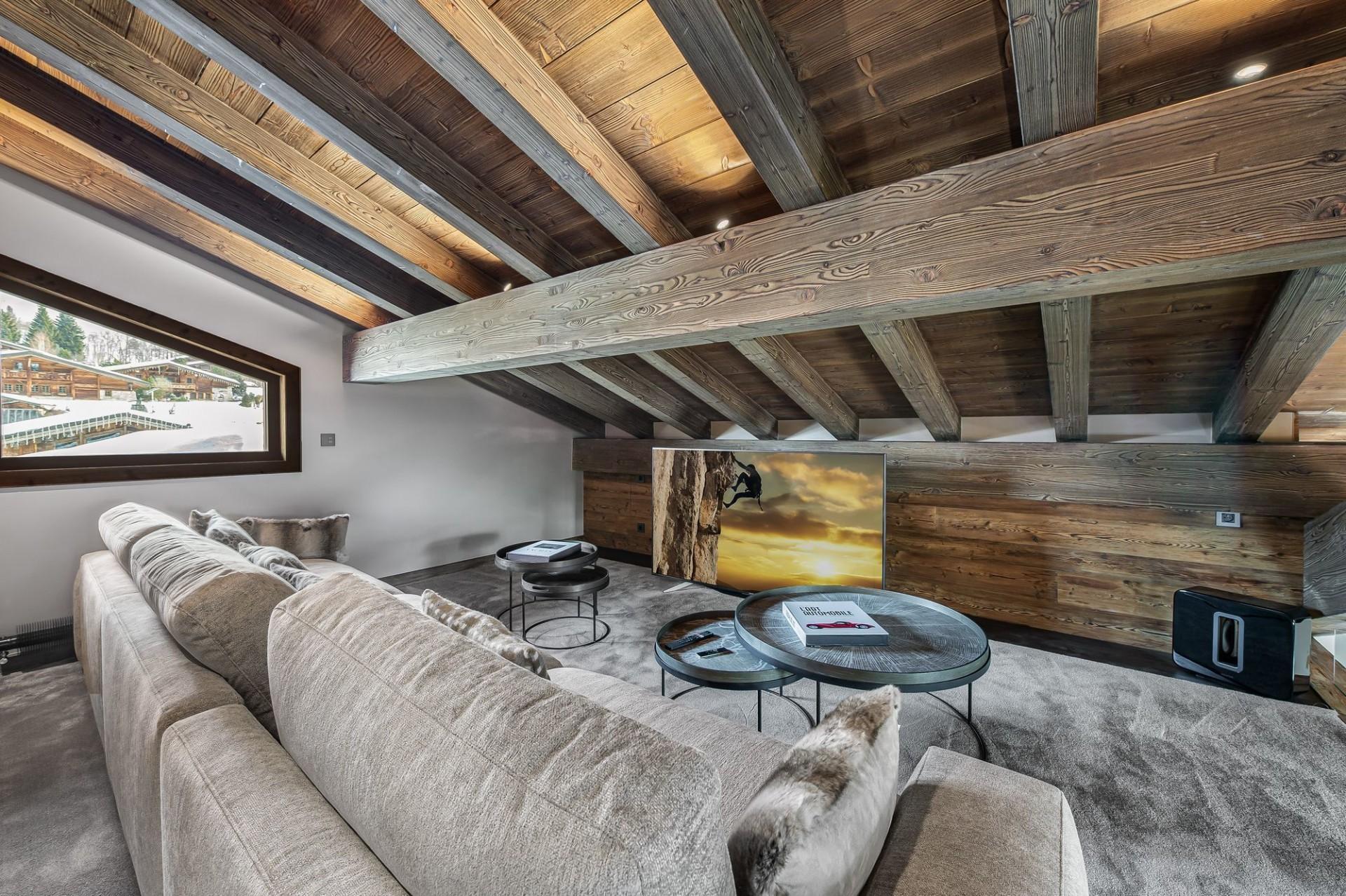 Megève Luxury Rental Chalet Sesanity Tv Room