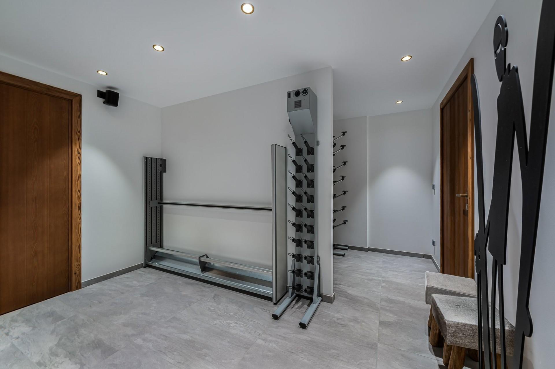 Megève Luxury Rental Chalet Sesanity Ski Room