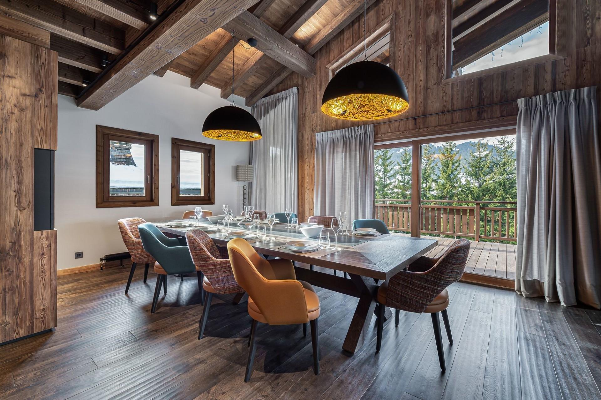 Megève Luxury Rental Chalet Sesanity Dining Area