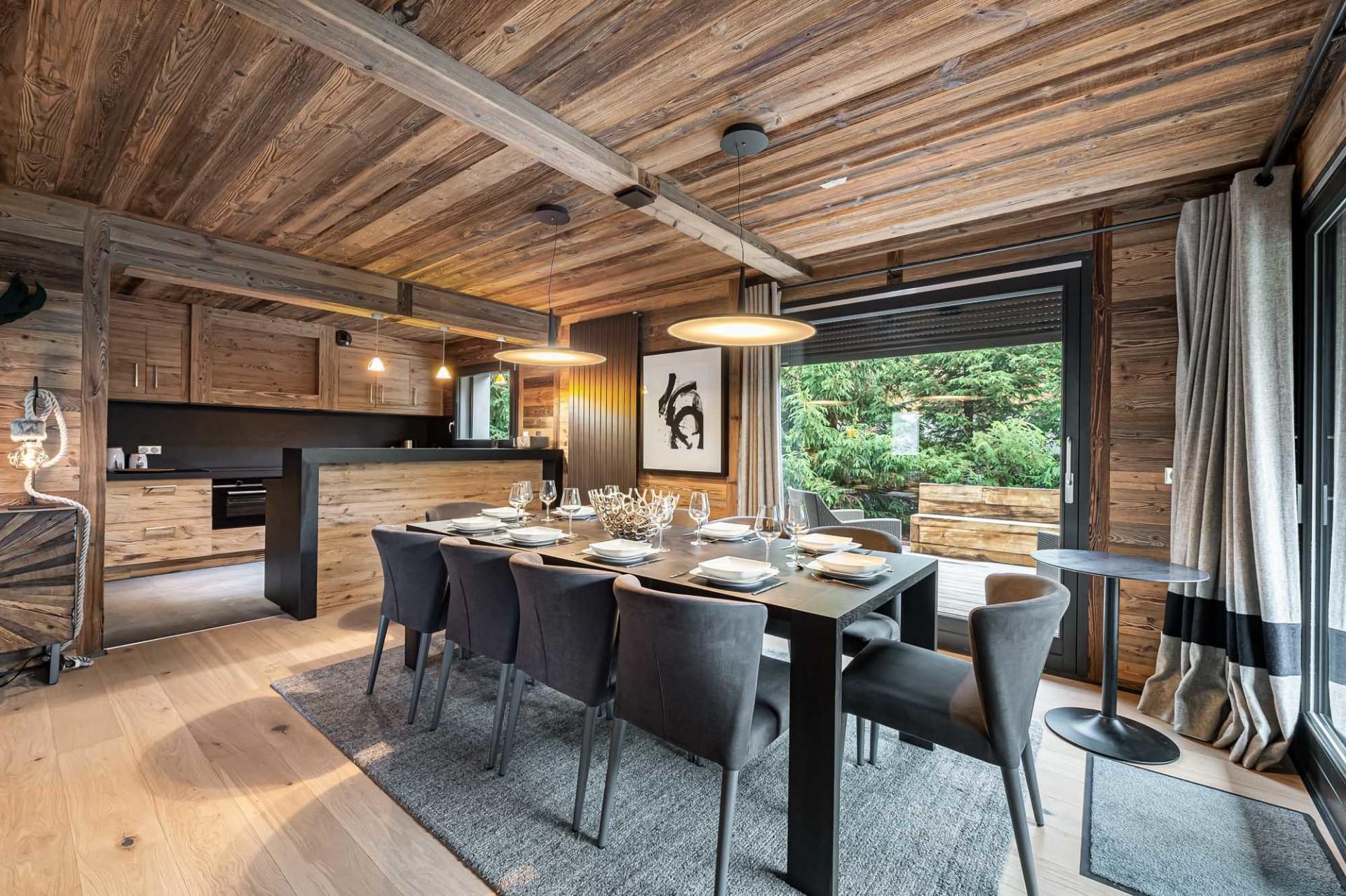 Megève Luxury Rental Chalet Sesune Dining Room