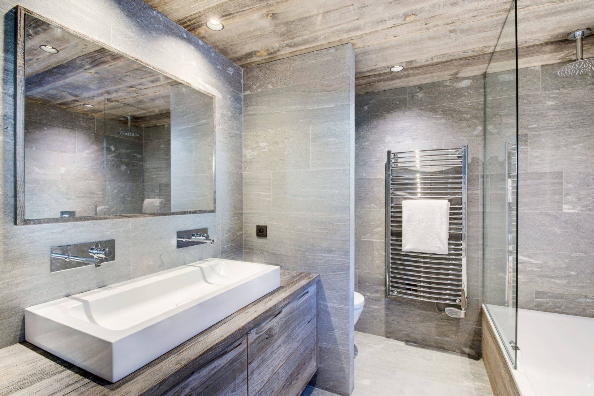 Megève Luxury Rental Chalet Taxo Bathroom