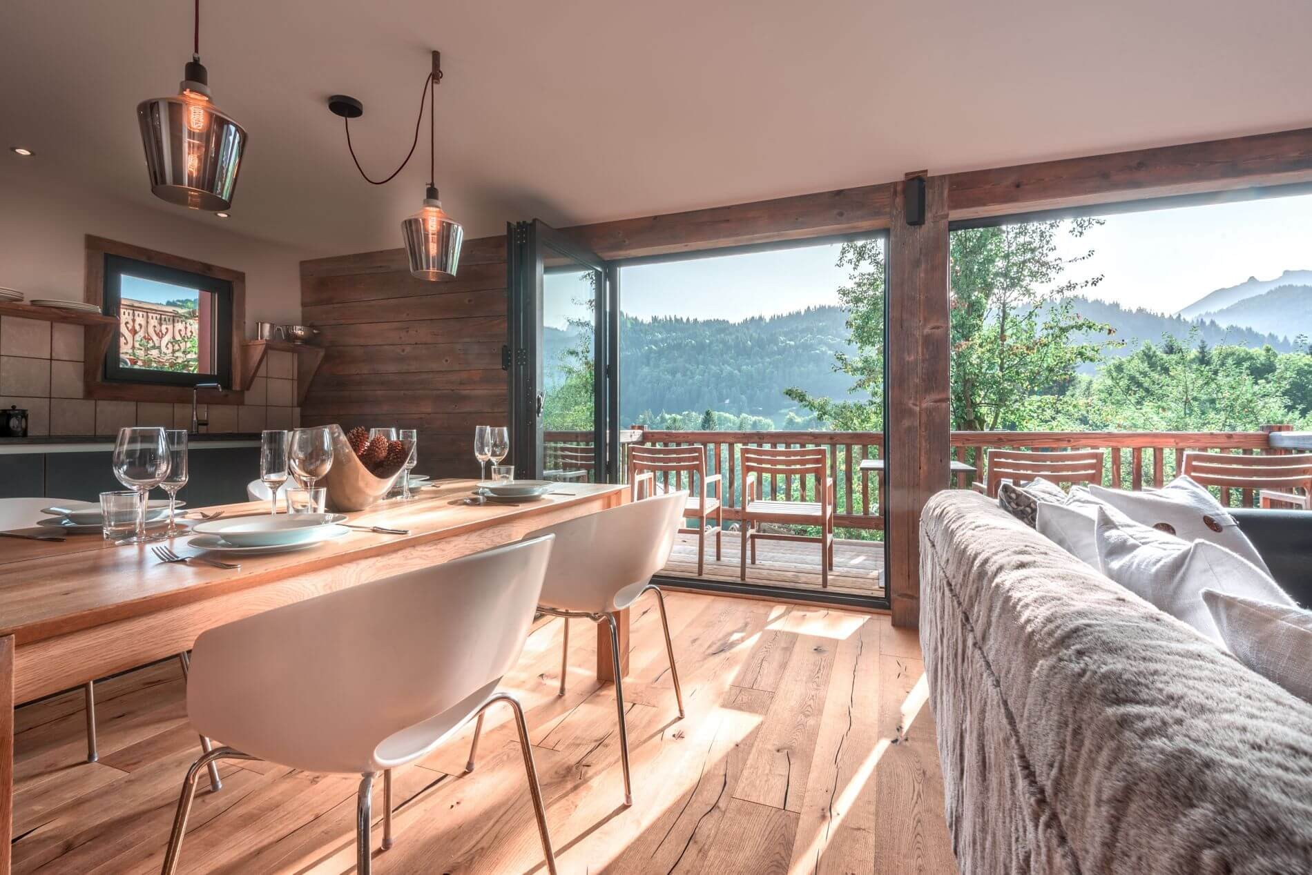 Morzine Location Appartement Luxe Morzilute Salle A Manger