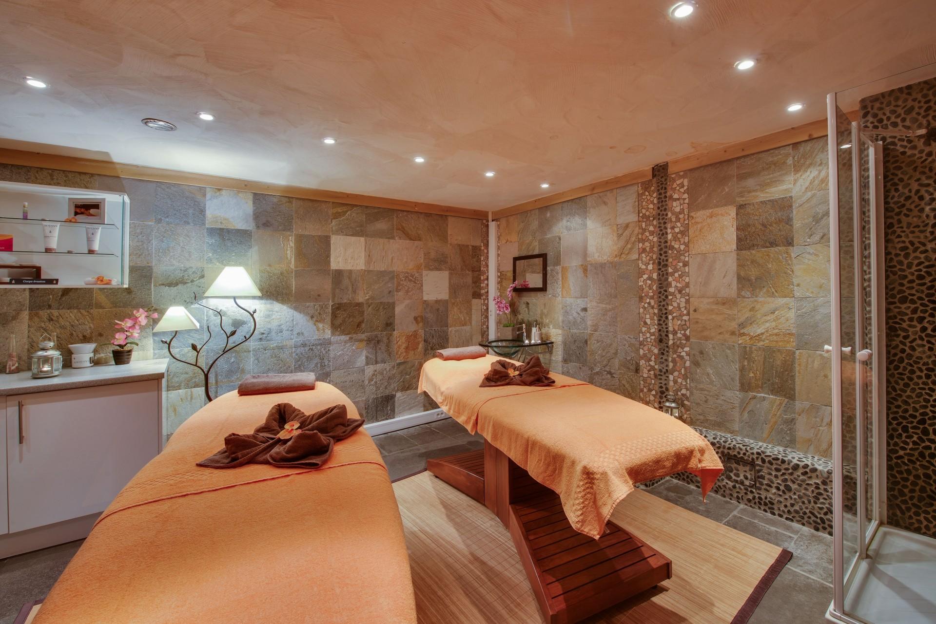 Peisey Vallandry  Location Appartement Luxe Magolite Massage