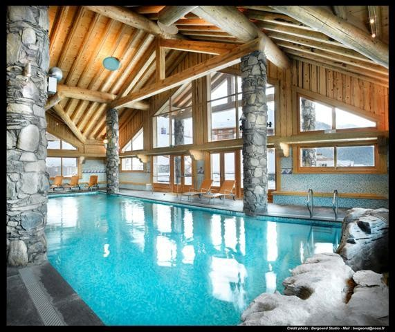 peisey-vallandry-location-appartement-luxe-marbre-onyx