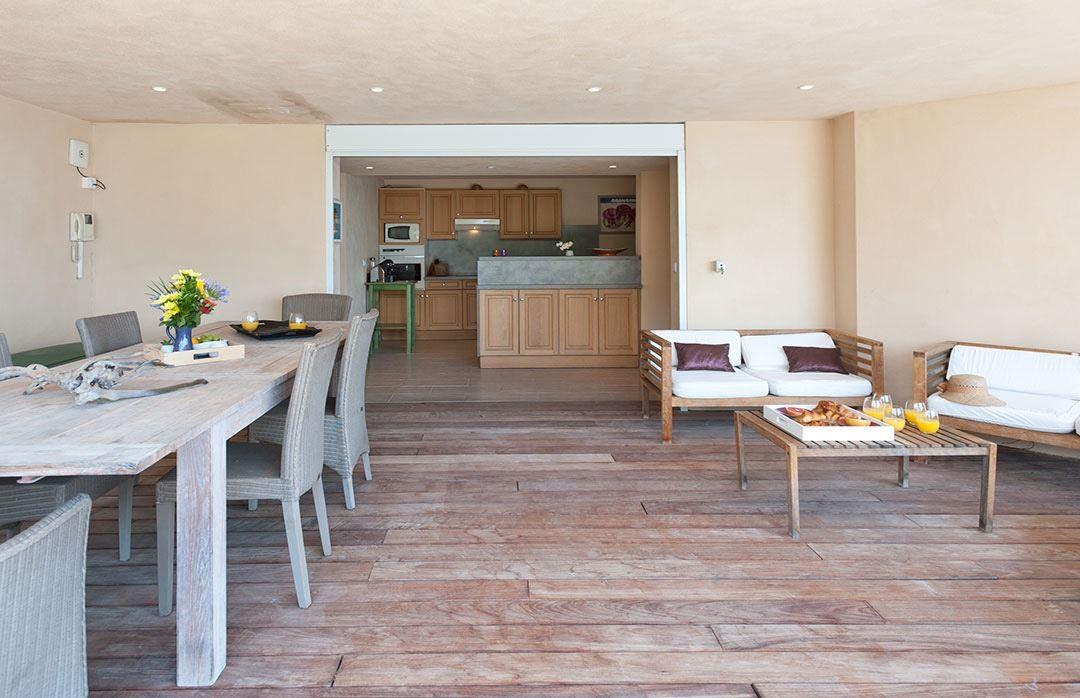 Porto Vecchio Location Villa Luxe Artinite Cuisine Ouverte