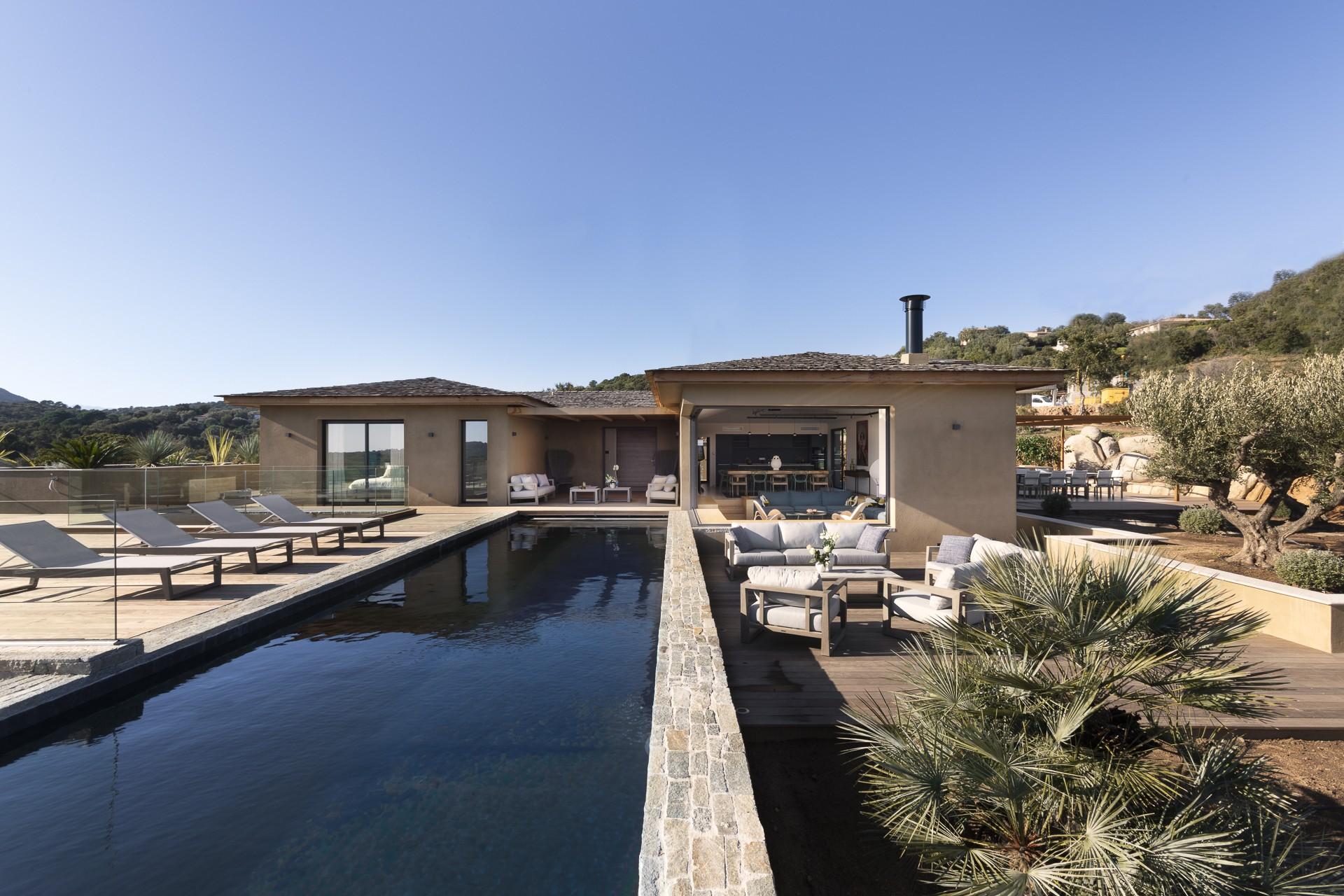 Porto Vecchio Luxury Rental Villa Perle Pool 2