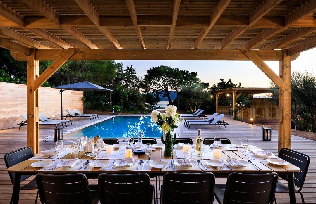 Propriano Location Villa Luxe Prelis Table Extérieure