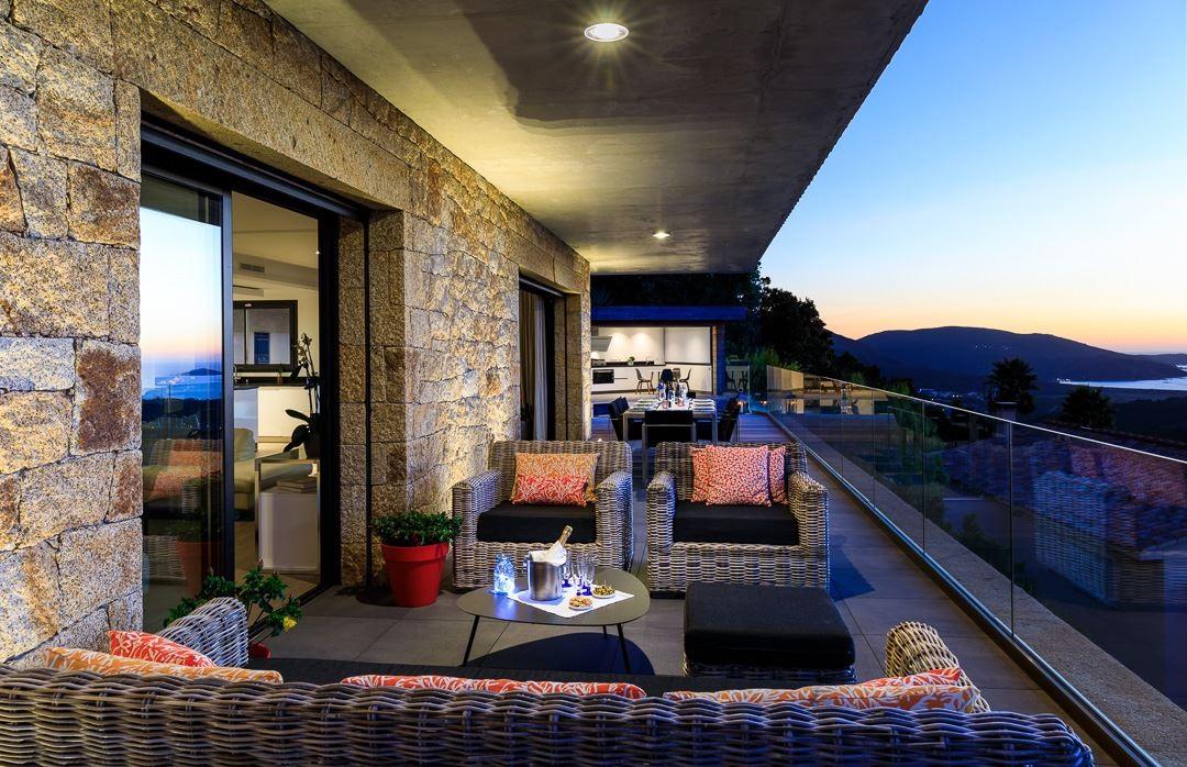 Propriano Location Villa Luxe Prelus Fauteuil