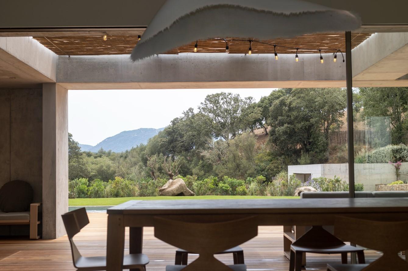 Propriano Luxury Rental Villa Pyrale Dining Room