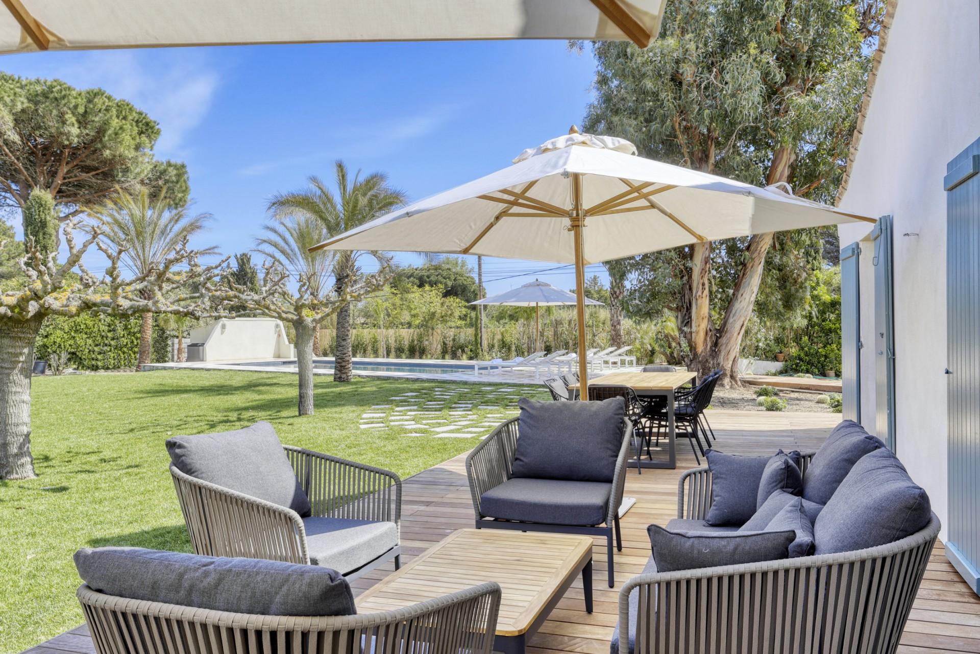 Ramatuelle Location Villa Luxe Bomakite Mobilier Jardin