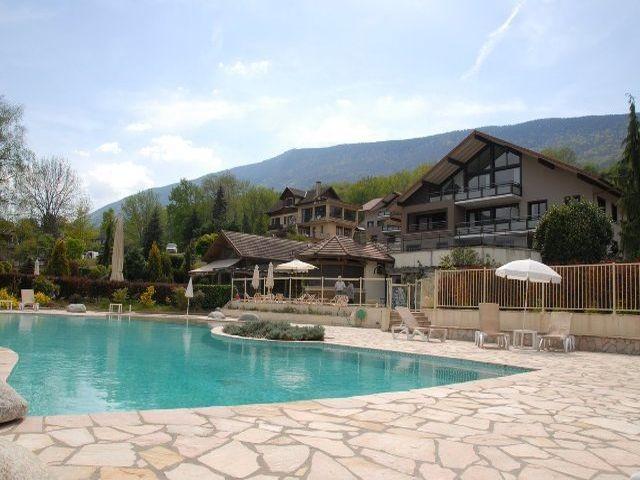 residence-vue-piscine-3-20490