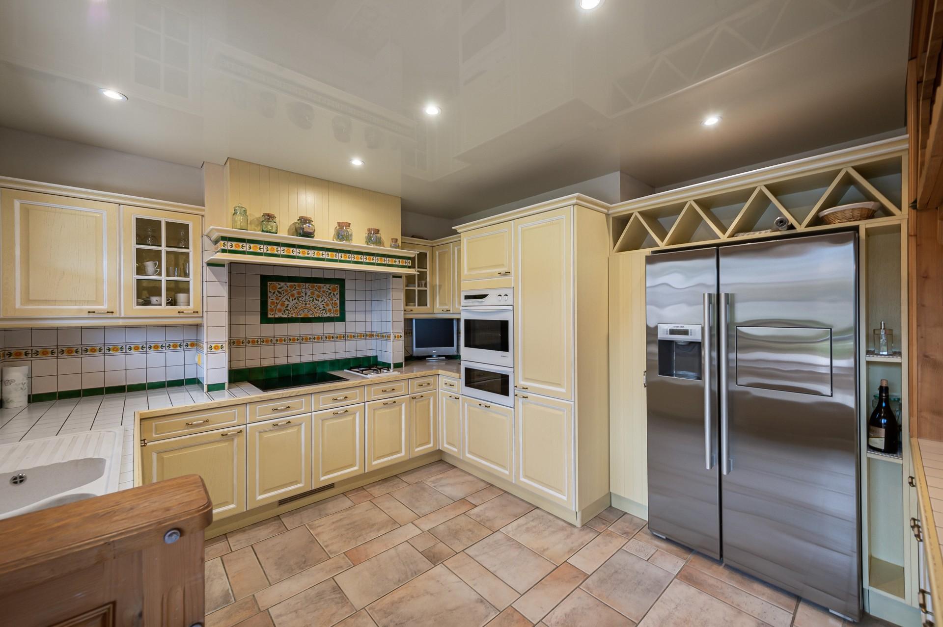 Saint Gervais Luxury Rental Chalet Galena Kitchen