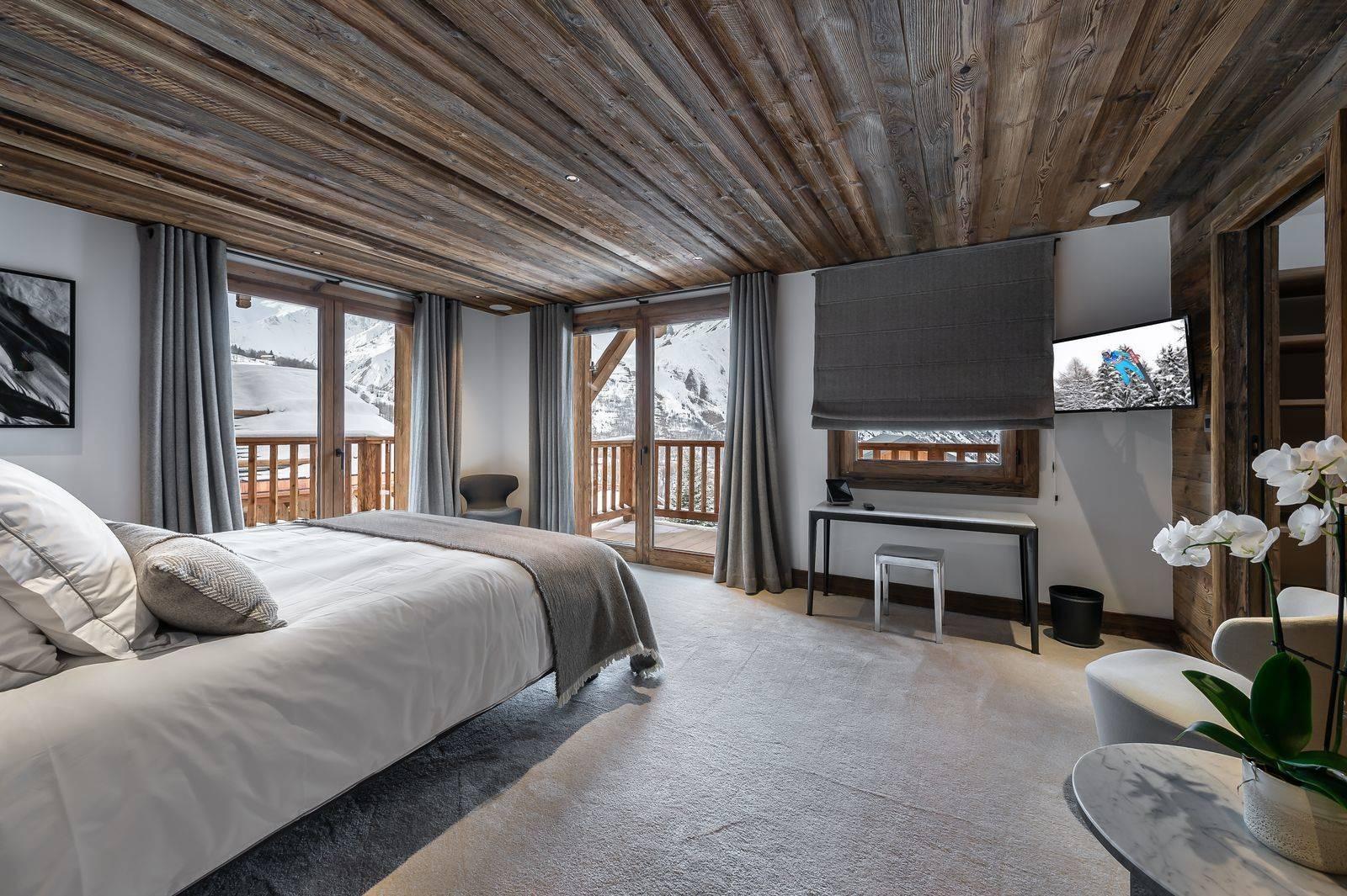 Saint Martin De Belleville Luxury Rental Chalet Ipaliu Bedroom 2