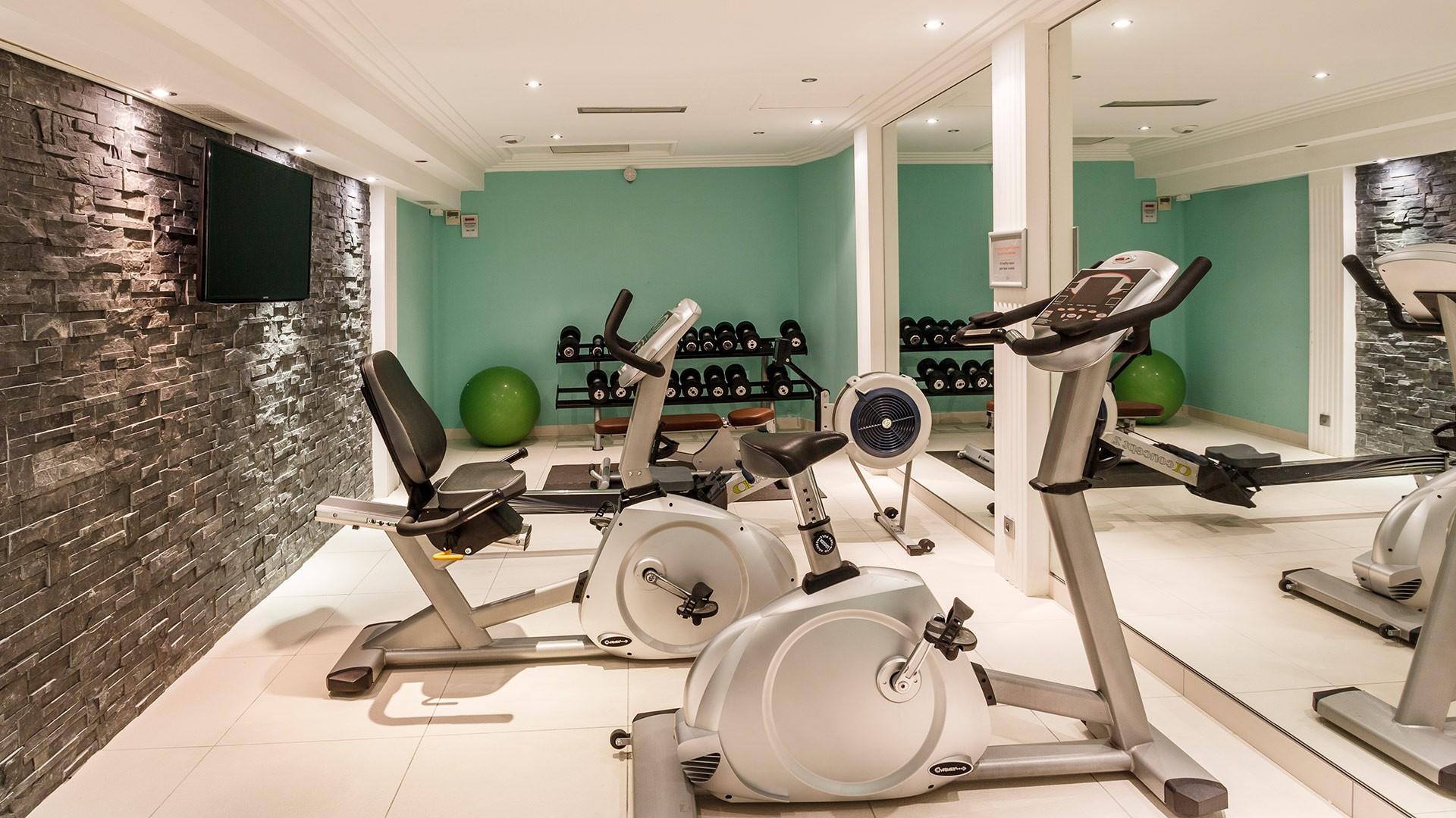 Saint Raphaël Location Appartement Luxe Séneçon Salle De Fitness