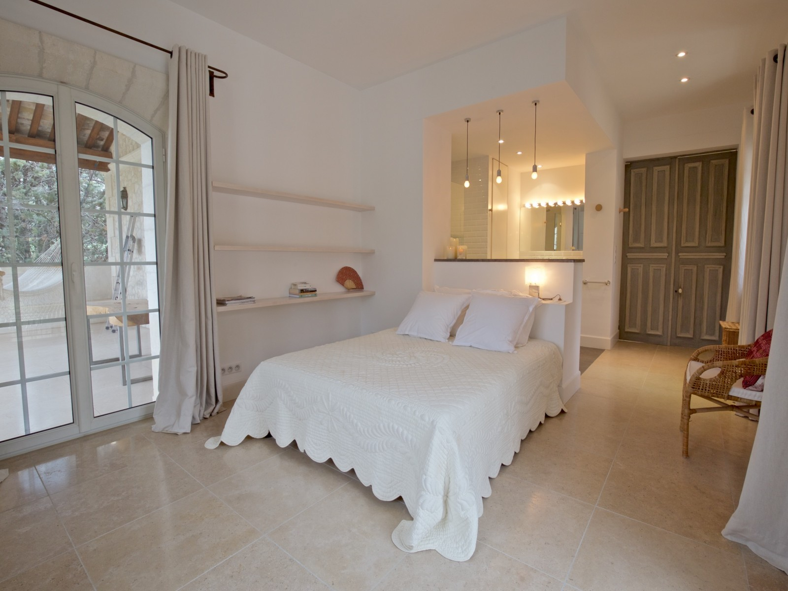 Saint Rémy De Provence Luxury Rental Villa Molduvite Bedroom 4