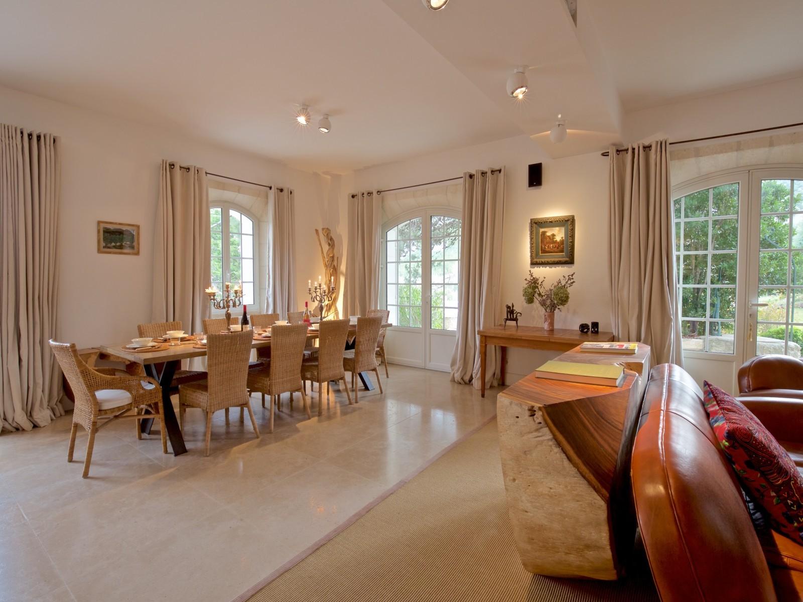 Saint Rémy De Provence Luxury Rental Villa Molduvite Living Room