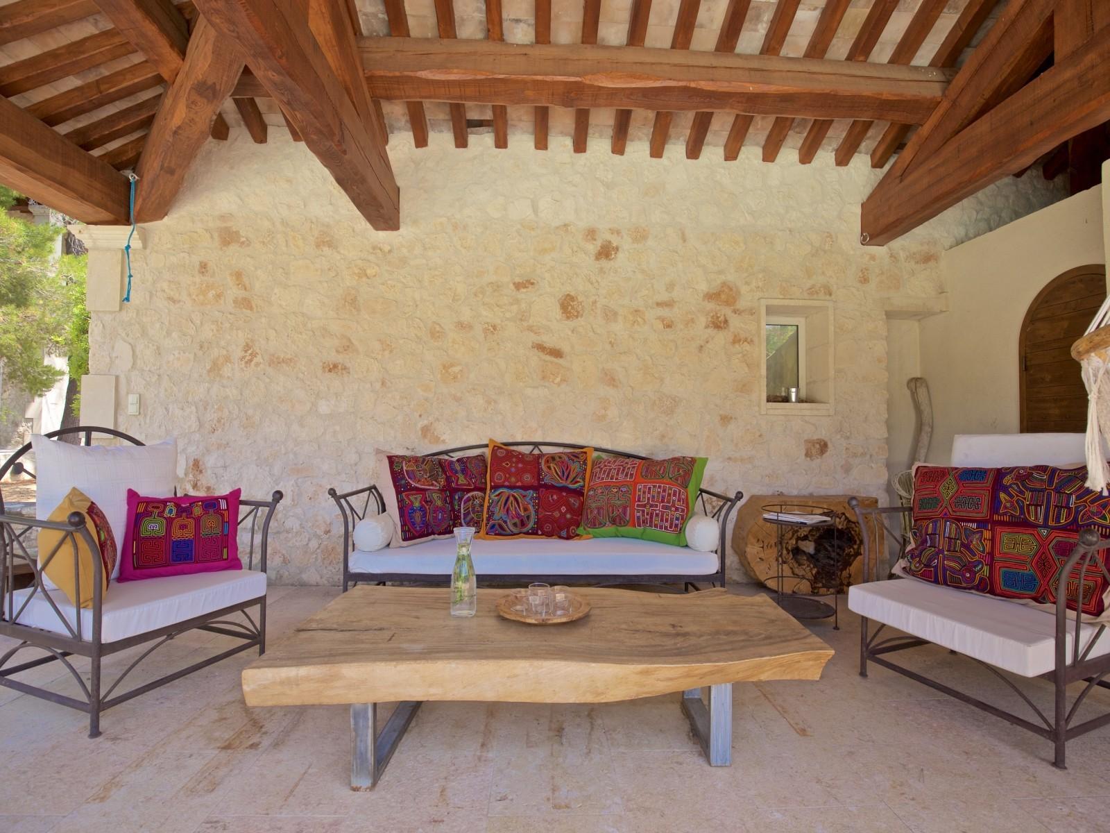 Saint Rémy De Provence Luxury Rental Villa Molduvite Terrace 3