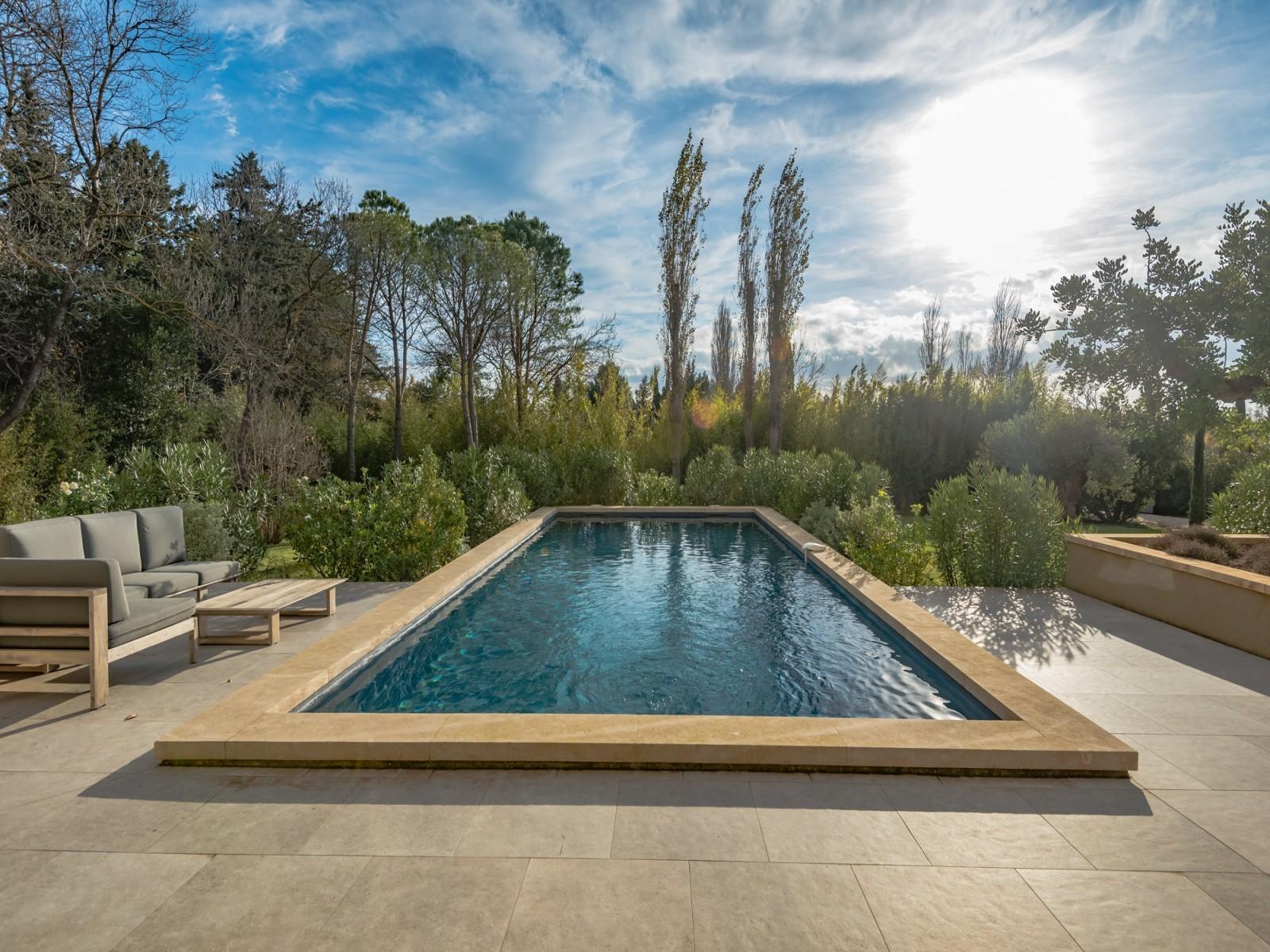 Saint Rémy De Provence Luxury Rental Villa Murcasite Pool 4