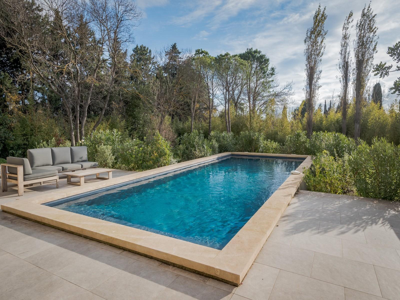 Saint Rémy De Provence Luxury Rental Villa Murcasite Pool 5