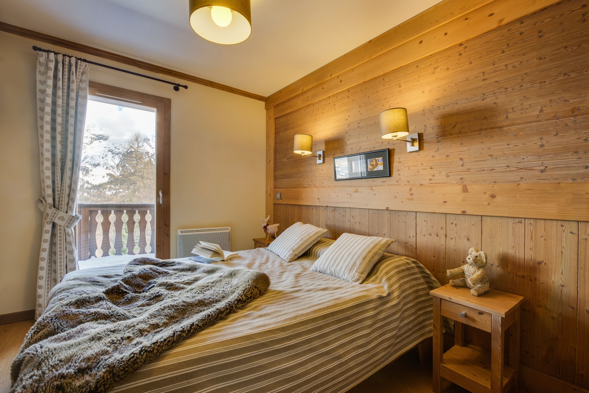 Sainte Foy Tarentaise Location Appartement Luxe Ronite Chambre