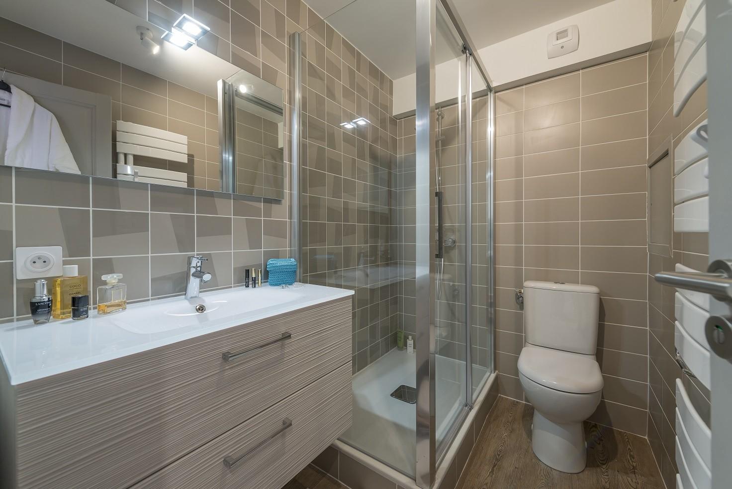 salle-de-bain-1472x983-7762