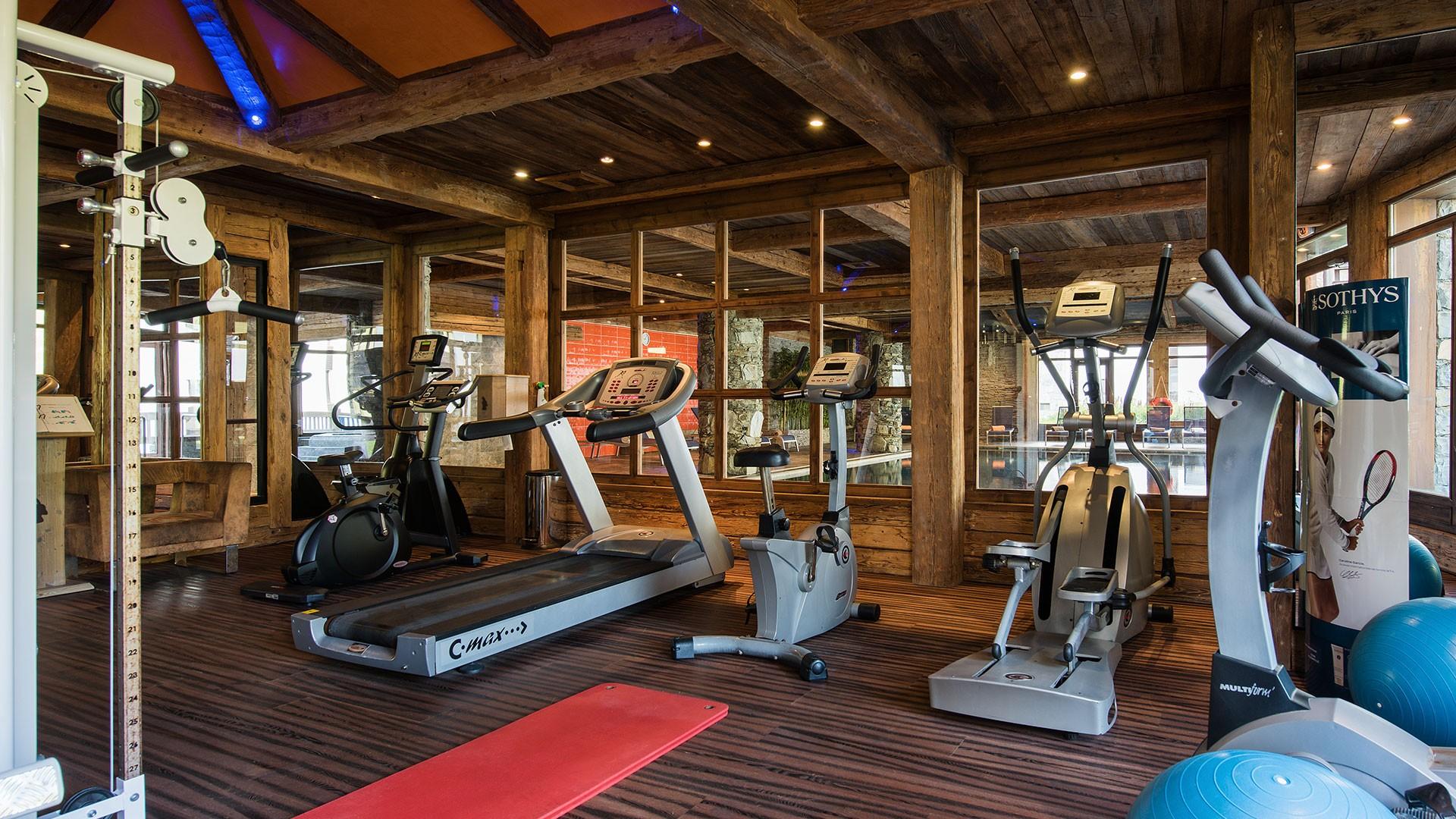 Tignes Location Appartement Luxe Mexican Agate Salle de Fitness