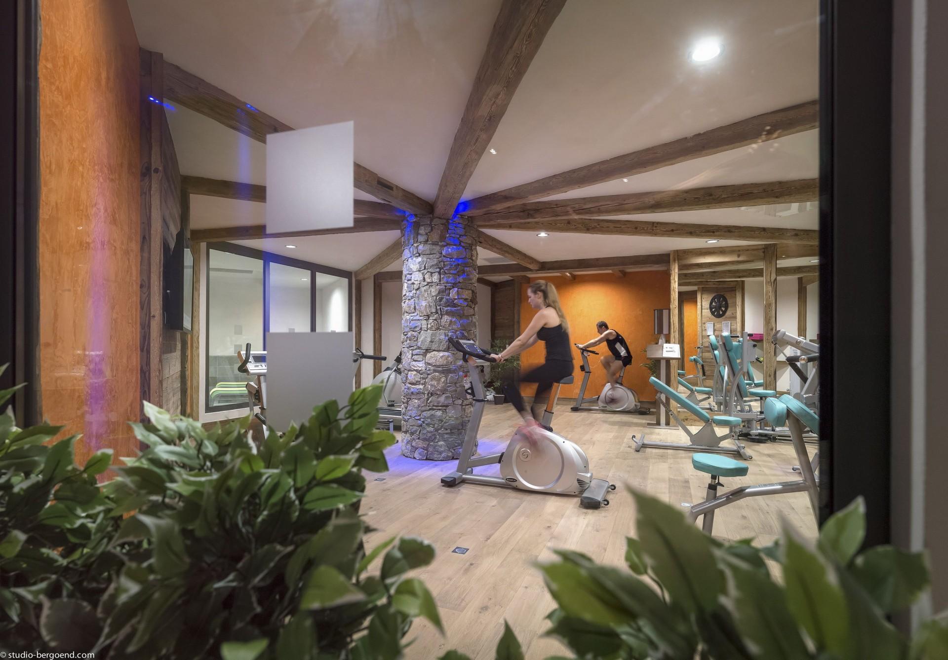 Tignes Location Appartement Luxe Micate Salle De Fitness