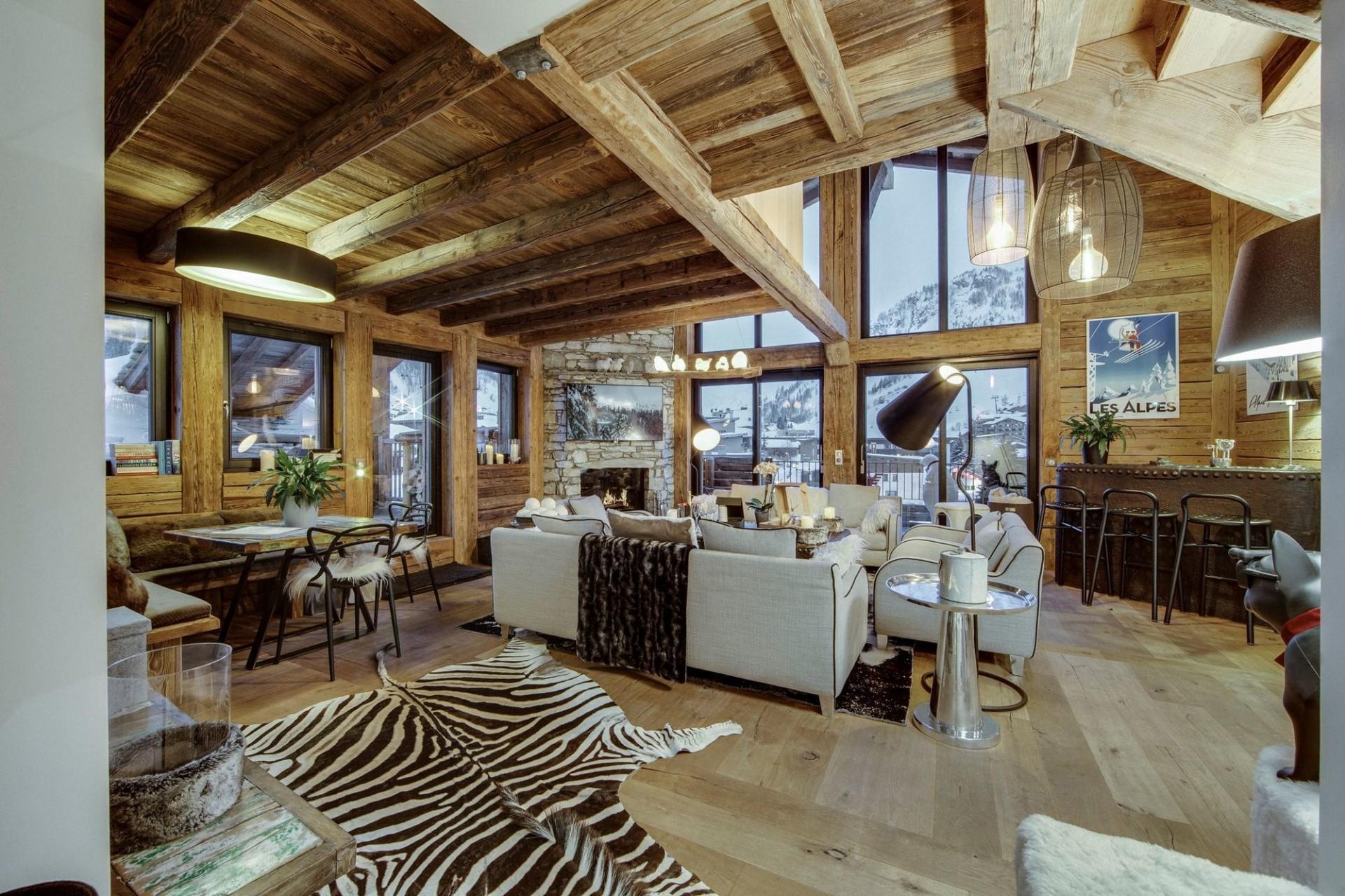 Val d'Isère Location Appartement Luxe Aramias Séjour 3