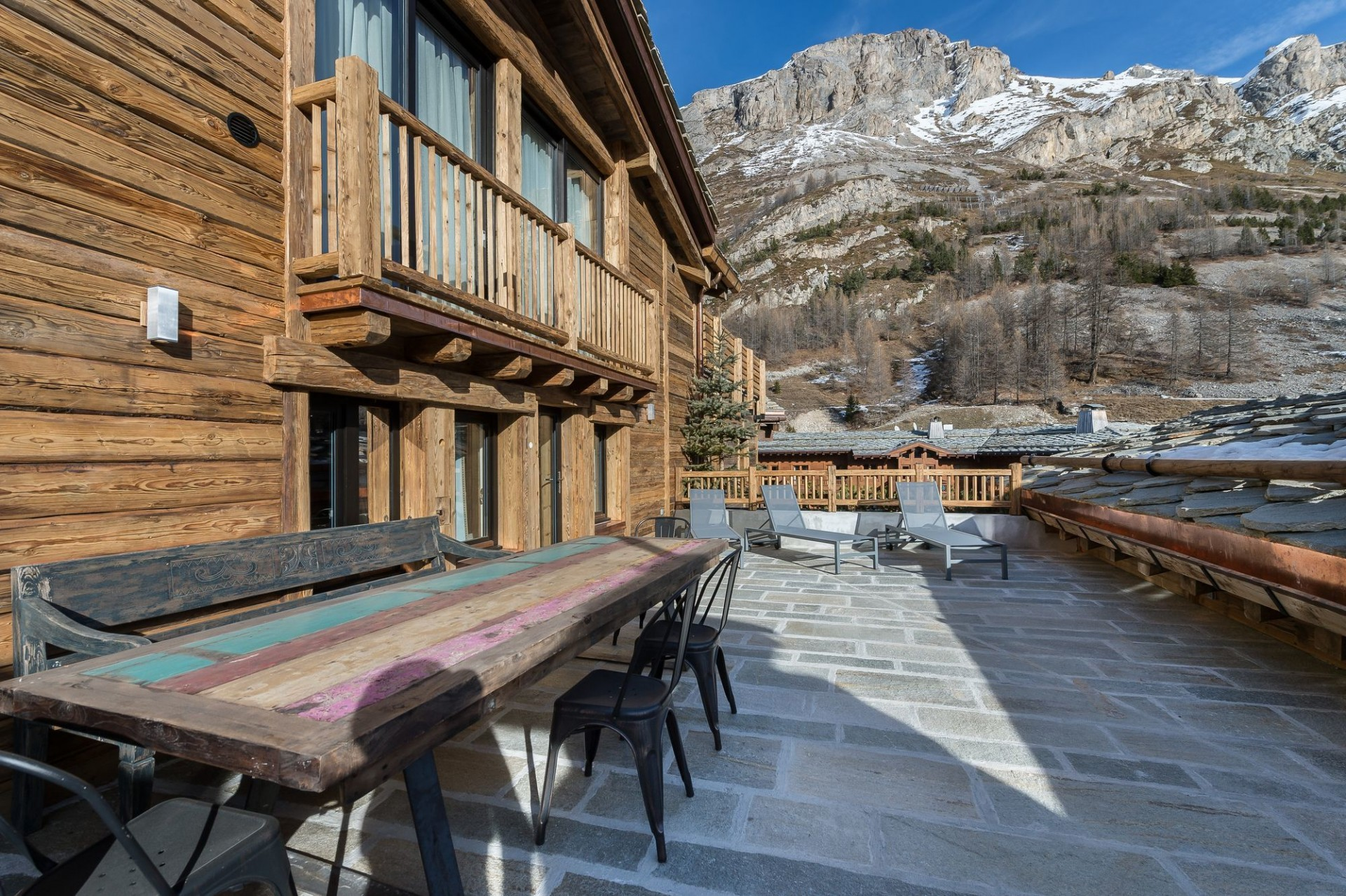 Val d'Isère Location Appartement Luxe Aramias Terrasse